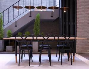 stolac Ribbon-design Nika Zupanc